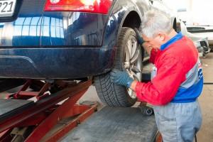 Auto, riparazione - Pixabay