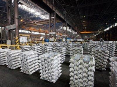 Alluminio Resterà Depresso, grazie a enormi Negozi Globali del metallo