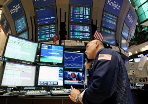 NEW YORK, Aug. 11, 2011  A trader works on the floor of the New York Stock Exchange in New York, the United States, Aug. 11, 2011. Wall Street bounced back on Thursday as U.S. job data came in beating expectation and hopes of an improved Europe debt situation lifted markets sentiment, with financial and energy leading the rise. (Credit Image: © Wu Jingdan/Xinhua/ZUMAPRESS.com)