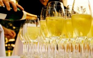 capodanno, spumante, champagne, come scegliere, vino, feste, natale, 2016, 2017, costo, caratteristiche