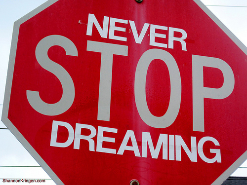 stop-dreaming-sogno-o-son-desto