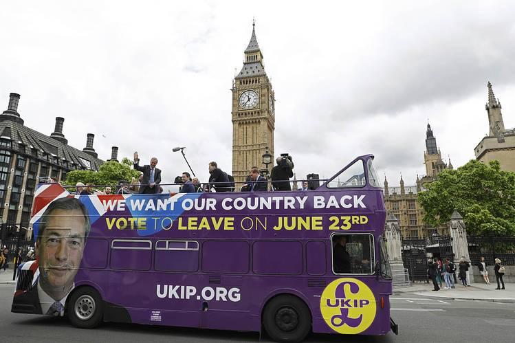 brexit-stagflazione-double-decker